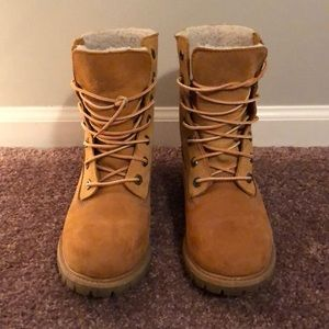 Timberland boots with fur